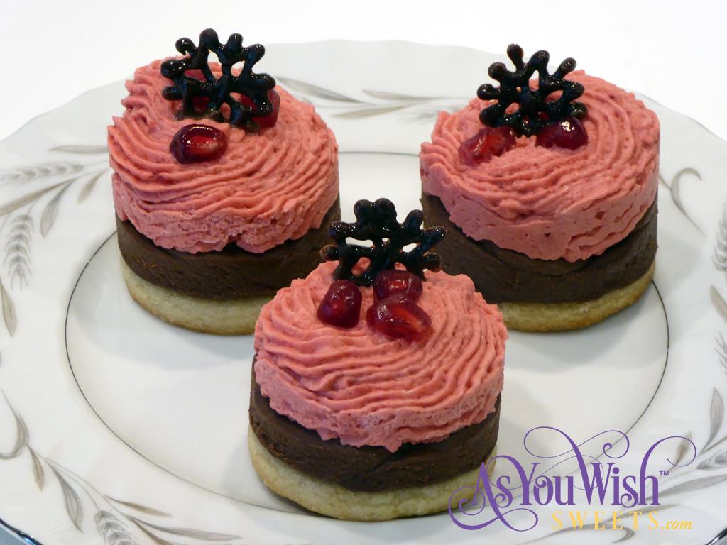 Pomegranate Rounds closeup sm