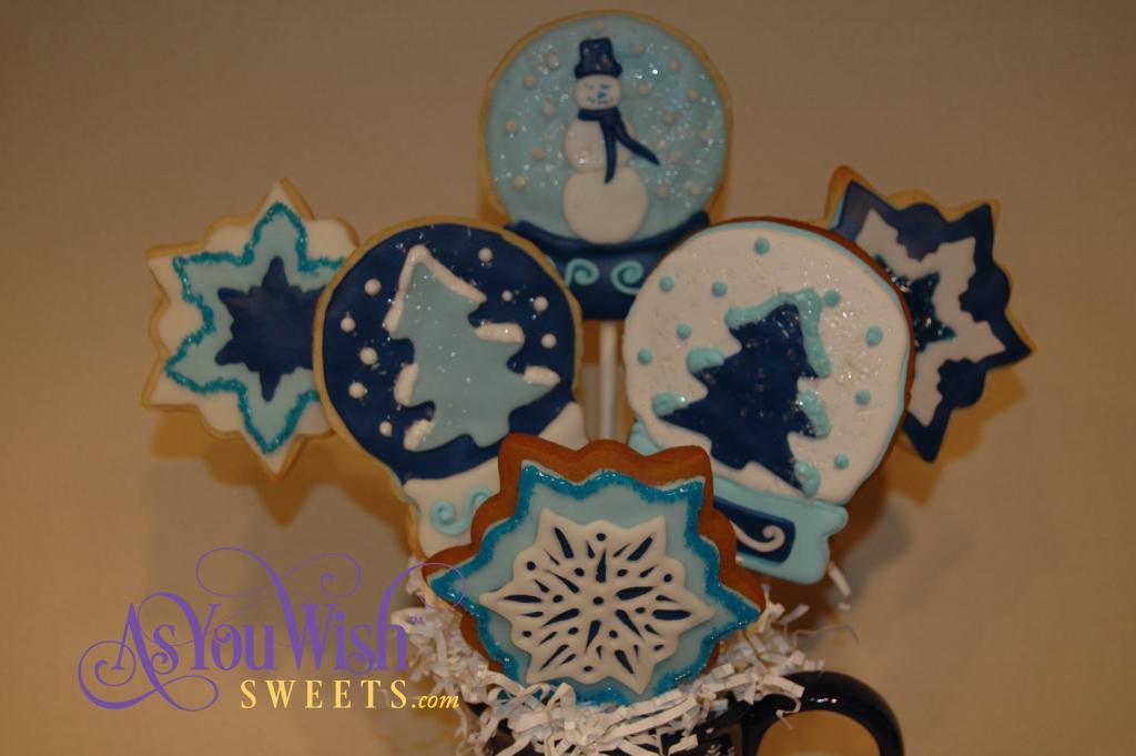 Snow cookie Bouquet close up (1024x681)
