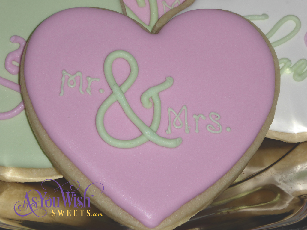 Mr and Mrs Heart Pink sm