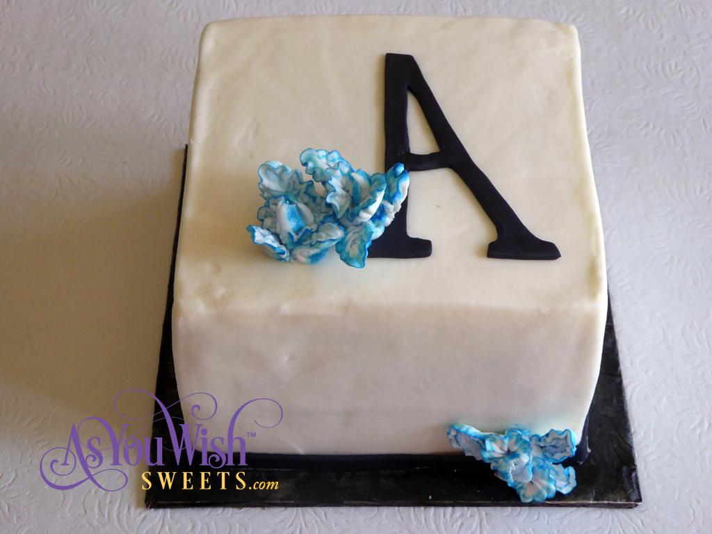 XL A Anniversary Cake sm