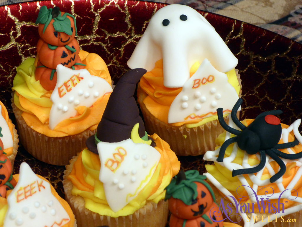 Halloween Cuppies closeup sm