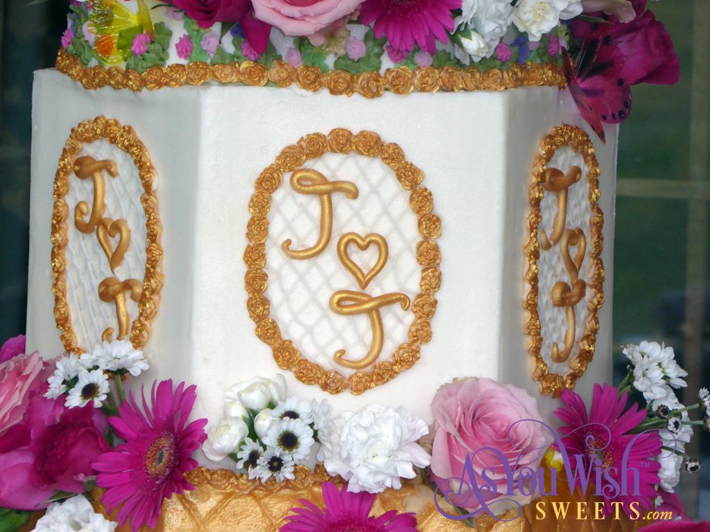 Gold Flowers Wedding Cake Lattice sm