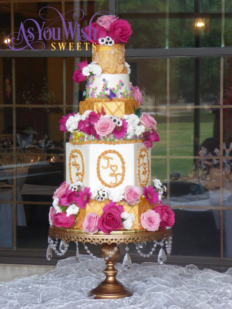 Gold Flowers Wedding Cake sm