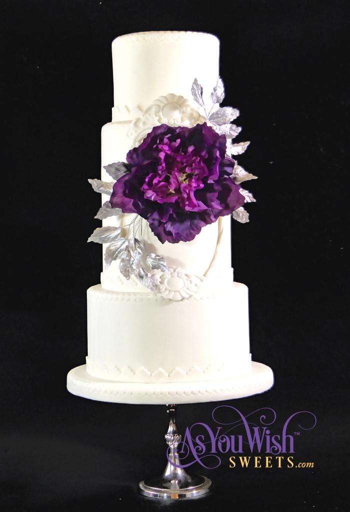 Silver Leaves Wedding Cake sm