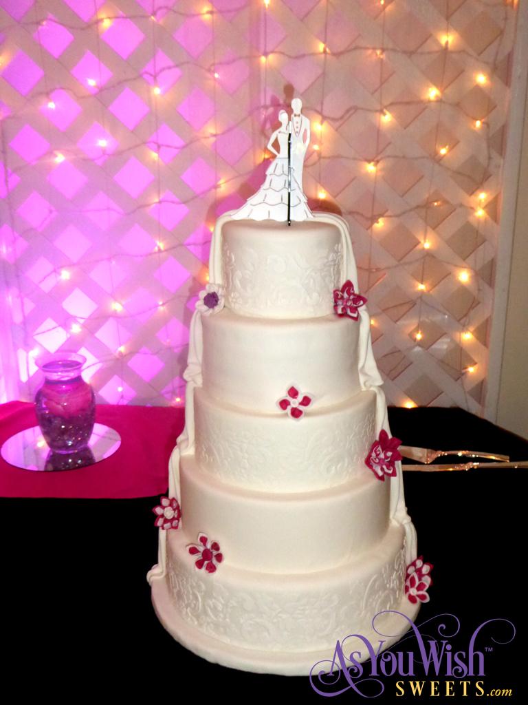 Stencil Wedding Cake sm